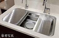 用地に合わせたプレートを使い分けることで、「洗う」「調理する」「片づける」を効率的に行うことができ、シンク廻り全体がが広く使えます。