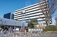 中野区役所 約740m(徒歩10分)