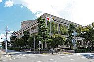 宝塚市役所 約750m(徒歩10分)