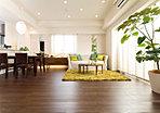 寛ぎのプライベートスペースとは、自分自身をもてなすための空間であると考えました。落ち着きと心地良さに包まれる主寝室や子ども部屋、書斎など多様な使い方ができる洋室が、安らぎの時間を紡ぎだします。