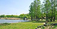 都立舎人公園 約3,940m(自転車16分)