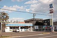 ローソン南16条店 約480m(徒歩6分)