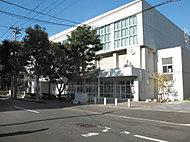 札幌市立伏見中学校 約420m(徒歩6分)