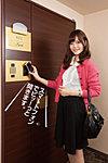 エントランスから各住戸のドアまでスマートフォンをかざすだけで解/施錠が可能。(ICカードとノンタッチキーも導入。3種類から選べます。)