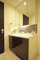 デザイン性と機能性が際立つ、ホテルライクなSANITARY。