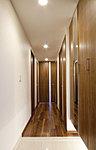 「ピアッツァコート奈良駅前」では、共用部を照らす照明はもとより、専有部分(居室部分は各自設置)の照明にもLED照明を積極的に採用。