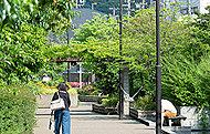 五ヶ村堀緑地 約330m(徒歩5分)