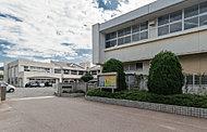 下関市立熊野小学校 約1,930m(徒歩25分)