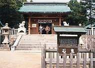 忌宮神社 約600m(徒歩8分)
