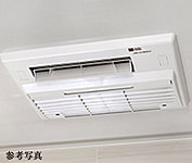 雨や雪の日でも洗濯物を乾かせます。暖房機能は寒い日の入浴を快適に。