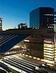 大阪・梅田界隈(JR大阪駅) 約2,320m(自転車8分)