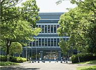 県立図書館 約1,140m(徒歩15分)