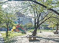 住吉公園 約590m(徒歩8分)