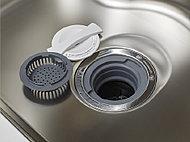 排水口内で生ゴミを粉砕処理できるディスポーザ。生ゴミが溜らず、ゴミ出しの手間も少なくなります。