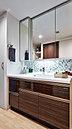清潔感あふれる優美な印象の洗面スペース。気分よく1日がスタートします。