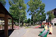 二十四軒公園 約10m(徒歩1分)