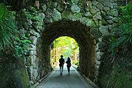 鎌倉文学館 約670m(徒歩9分)