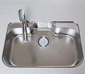 水はね音や食器を置く時の音を軽減する静音タイプ。大きな鍋も洗いやすいワイド設計となっています。