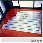 温風によるホコリの舞い上がりがなく、室内の空気をクリーンに保つ床暖房をリビング・ダイニングに採用しています。