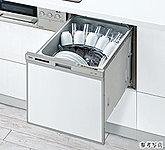 2段式ノズルのタワーウォッシャーで隅々までムラなく洗い、円弧状のサークルラックでコップ内部もキレイに洗浄。