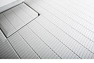水はけがよく、滑りにくい表面仕上げの床を採用。お掃除もしやすい形状です。