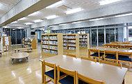流山市立おおたかの森こども図書館 約430m(徒歩6分)