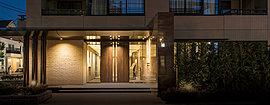 街並みに調和し、美しい邸宅風景を創造する。