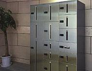 留守でも荷物が受け取れる宅配ボックス※実際とは多少形状が異なります。※参考写真
