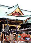 根津神社 約500m(徒歩7分)