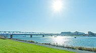 江戸川河川敷 約1,110m(徒歩14分)