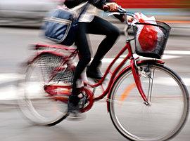 電動アシスト付自転車を3台ご用意しました。家族でお出かけしたいとき、ちょっと急ぎで津田沼へ。そんなとき、必要に応じてレンタルできます。(写真はシェアできる自転車の一例です)