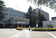 福島県庁 約690m(徒歩9分)
