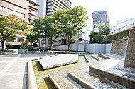 湯本台広場 約30m(徒歩1分)