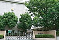 松山市立東中学校 約1,253m(徒歩16分)