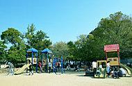 高木公園 約590m(徒歩8分)