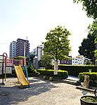 左衛門町児童遊園 約190m(徒歩3分)