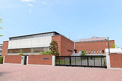 西南学院小学校 約1,560m(徒歩20分)