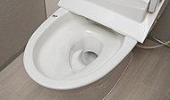 強力な水流が便器鉢内のすみずみまで回り、少ない水でもしっかり汚れを洗い流します。