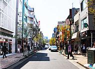 広尾商店街 約410m(徒歩6分)