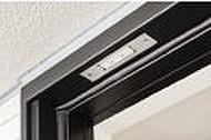 玄関ドア、住戸の窓には防犯センサーを設置(※FIX窓・ガラスブロックを除く)。