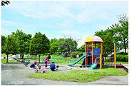 瀬谷本郷公園 約850m(徒歩11分)