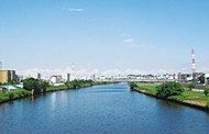 鶴見川 約470m(徒歩6分)