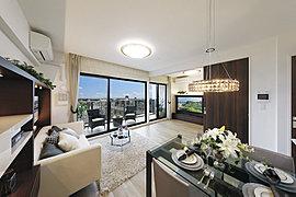 ※現地8階からの眺望写真(平成29年8月撮影)※眺望等は階数・各住戸により異なり、周辺環境・眺望は将来変わる可能性がございます。