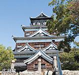 広島城 約1,450m(徒歩19分)