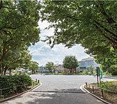 綱島東三丁目公園 約260m(徒歩4分)