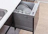 専用のフロフタと浴槽保温材で温まったお湯を冷めにくくしました。湯温が長持ちするので追い焚きや足し湯が節約でき経済的です。