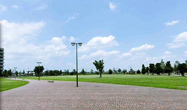 見田方遺跡公園 約690m(徒歩9分)