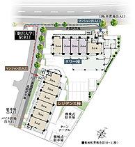 歩車分離設計、電動シャッター付き駐車場、歩道状空地などを採用し、敷地内の安全性やプライバシーにも配慮したランドプランとなっています。※掲載の敷地配置概念図は計画段階の図面を基に描き起こしたもので、形状・色等は実際とは異なります。