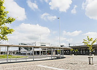 「吉川美南」駅 約450m(徒歩6分)