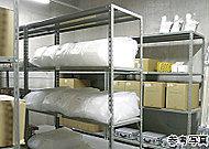万一の非常時の備えとして、防災備蓄倉庫を用意。※掲載の写真は当物件のものではありません。※備品の維持管理・補充は管理組合が行います。